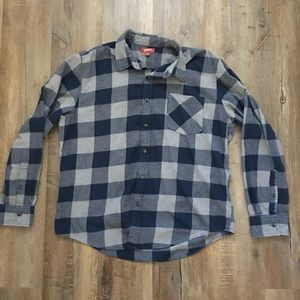 Arizona Long Sleeve Button Down Shirt